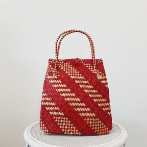 Red bag market bag basket bag vintage bag